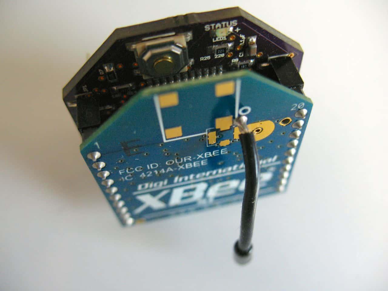 XBeePlus Arduino – Rob Faludi